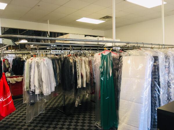 158th & maple store interior