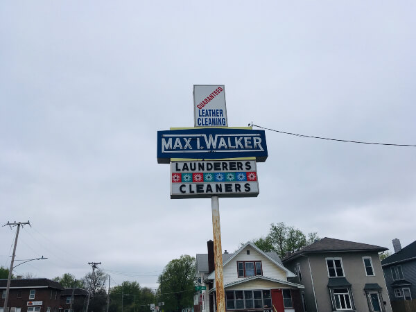 1st ave store sign